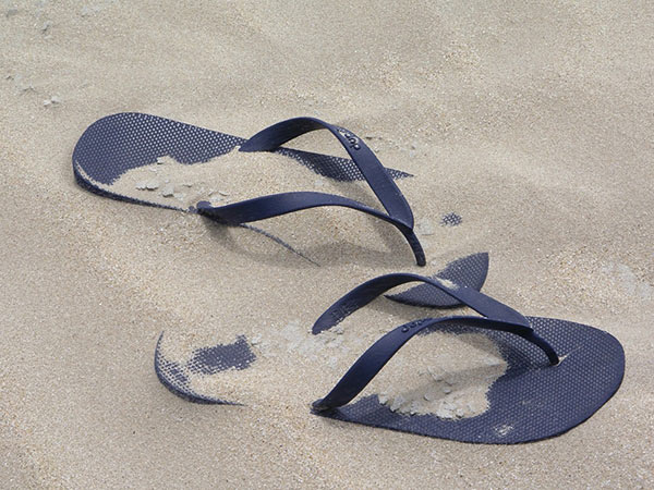 Thongs, flip flops etc causing Plantar Fasciitis